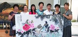 高清图:天津美术学院女同学会赴秦皇岛创作交流