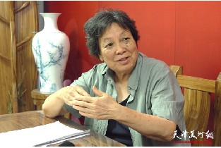 视频:著名画家张振群做客天津美术网