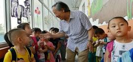高清图:姬俊尧用微薄之力为家乡的孩子创造一片美丽天空