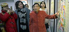 高清图:霍庆有年画艺术展在天津图书馆举办
