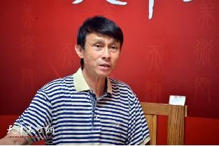 视频:著名书法家彭英科做客天津美术网