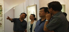 高清图:天津市委常委散襄军参观《和·心象》书画联展