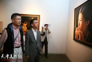 视频:从天津走出去的画家-程亚杰