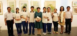高清图:我们的生活、我们的快乐绘画作品展亮相天津美术馆