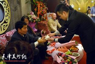 视频:著名书画家孟宪奎喜收爱徒暨庞博拜师仪式