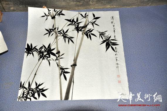 王东风在临沂创作的画作。