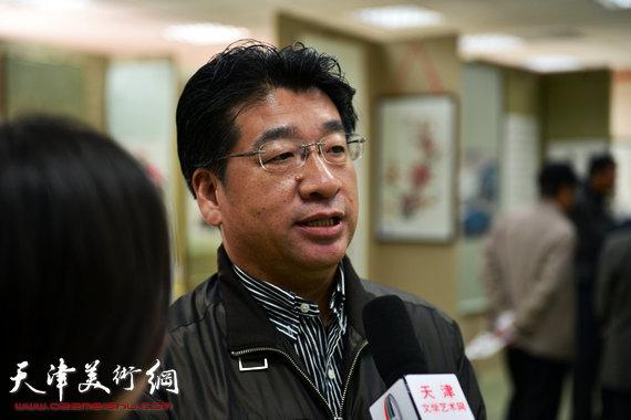 著名画家张文圣接受采访