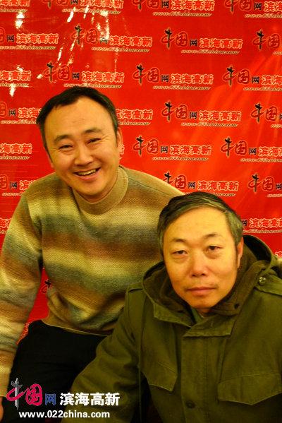 李翔(右)与柴博森在一起。