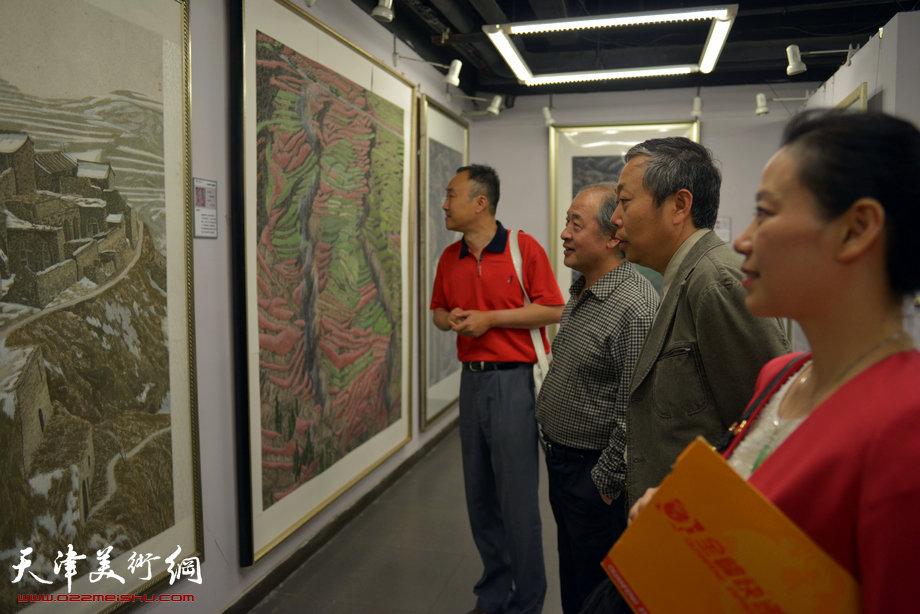 """""""行在画中·柴博森中国画展""""5月20日在天美时代画廊开幕。"""