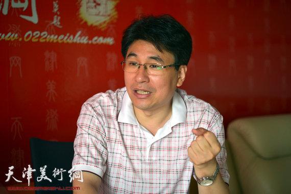 我国著名的平面设计家、第六届东亚运动会吉祥物设计者、天津美术学院设计艺术学院长郭振山做客天津美术网。
