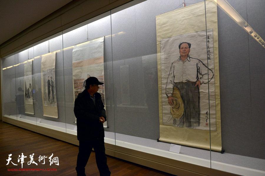 """天津美术馆举办""""红色经典―馆藏20世纪中国画展"""""""