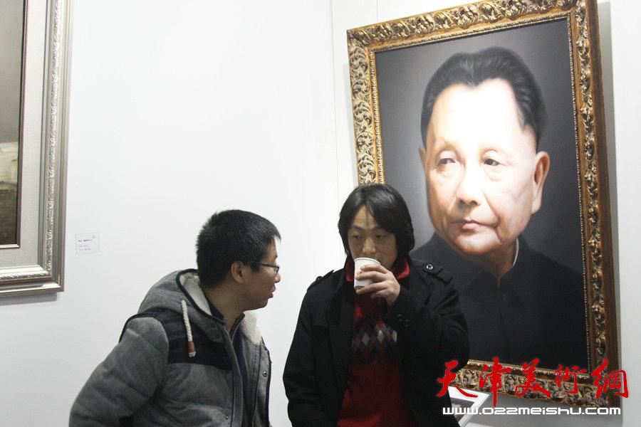 """""""迎新年――新写实油画展""""在天津新世纪画廊举办。"""