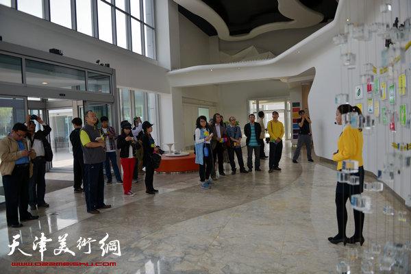 天津中青年画家在滨海新区采风