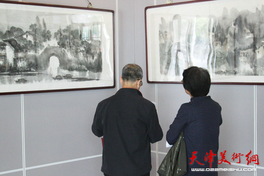 郭凤祥赵俊山王印强翟洪涛四人迎春画展在民园体育场开展。