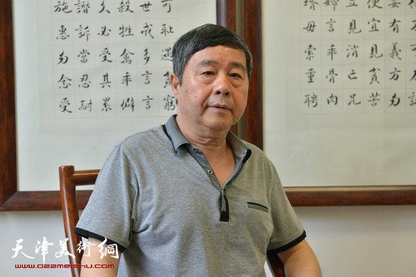 著名书画家爱新觉罗·毓峋做客天津美术网