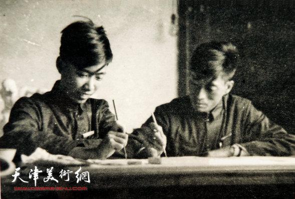 邓家驹(左)上世纪50年代在江西