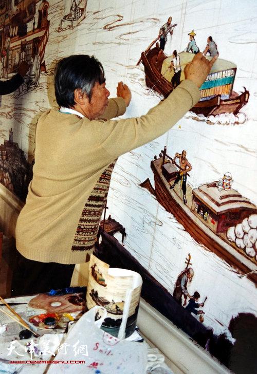 邓家驹2003年在天津迎宾馆创作《漕运图》现场2