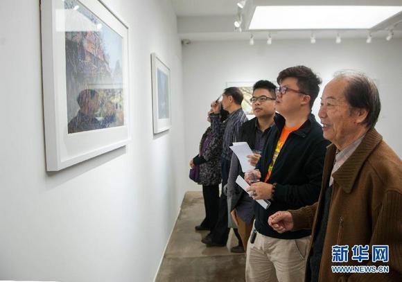 广东工艺美术大师陈作力水彩画唤起童年乡村记忆