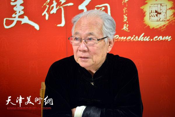 著名书画家华非做客天津美术网