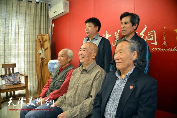 邓家驹、解殿卿与纪振民、姬俊尧、张养峰在天津美术网