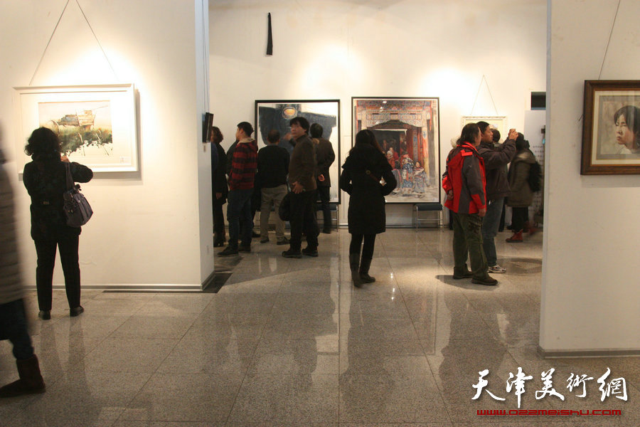 第八届天津美协水彩专业委员会会员年展在天津财经大学开幕