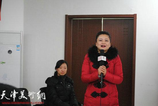 尖山街街道副主任刁春萍女士讲话