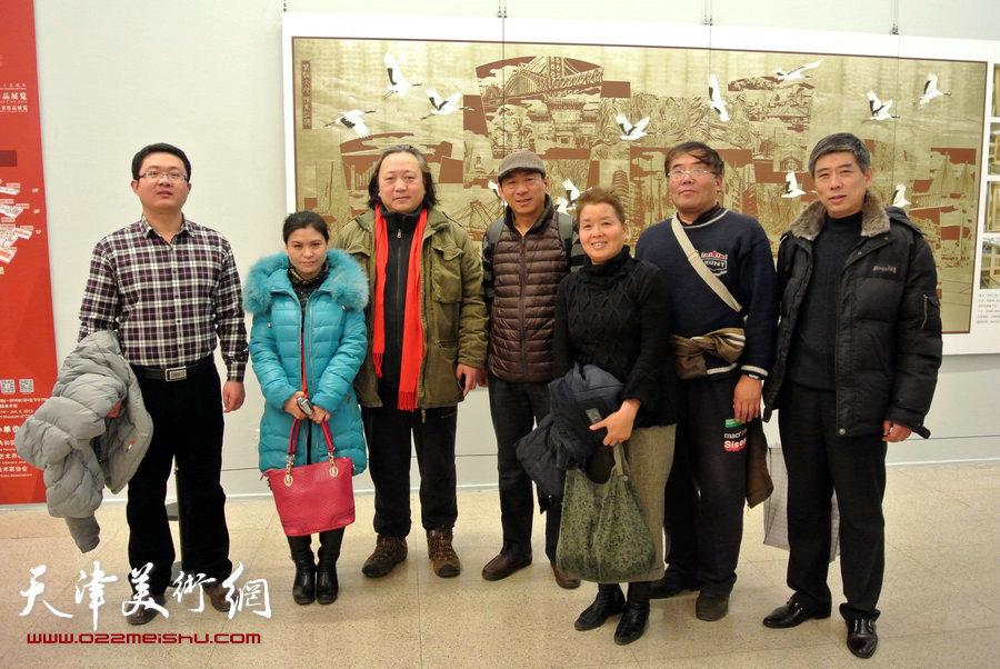 左起宋培培、张荔萍、朱志刚、郑爱民、沈蕴杰、唐镁、房国文