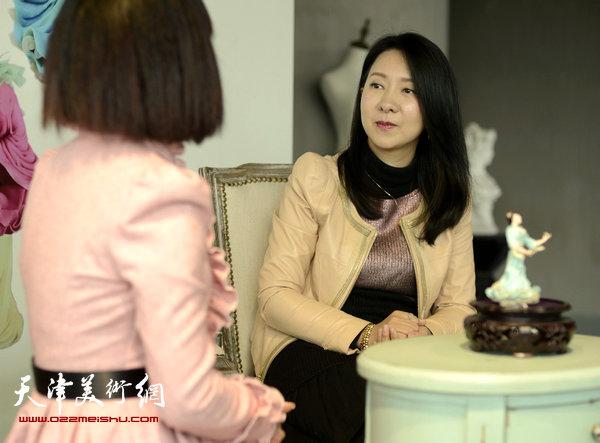 刘芳与记者面对面