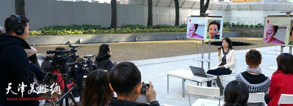 刘芳在香港讲授中国传统面塑艺术