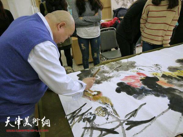 组图:著名书画家尹沧海赴韩国首尔东国大学讲