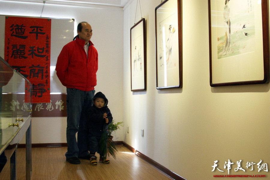 """""""先进饩羊——孟昭丽、萧慧珠、李澜绘画小品精粹展""""开展,图为"""
