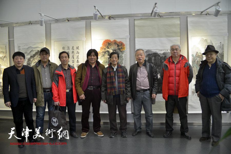 """""""津门风韵""""天津名家书画作品巡回展在津开幕"""