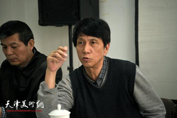 """""""海河天山情国画精品联展""""4月15日在津召开创作动员会,图为张寿庠讲话。"""