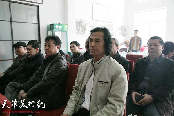 津门书画名家义卖慈善捐助活动暨书画家陈农入选天津美协仪式在西青区举行