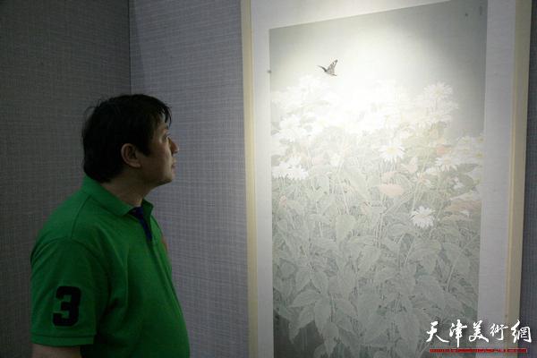 工笔画的写意性 花鸟画展在天津图书馆开展