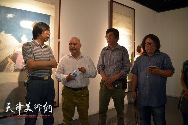 左起:路洪明、尹沧海、王春涛、尹枫