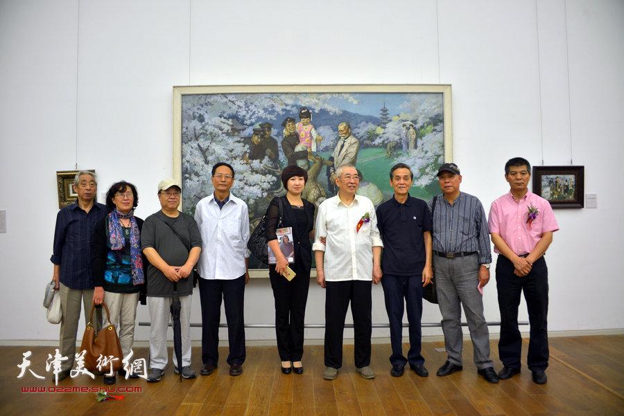 左起:王振锁、王美芳、赵国经、郭金标、张春燕、邓家驹、曹德兆、郭凤祥、范扬