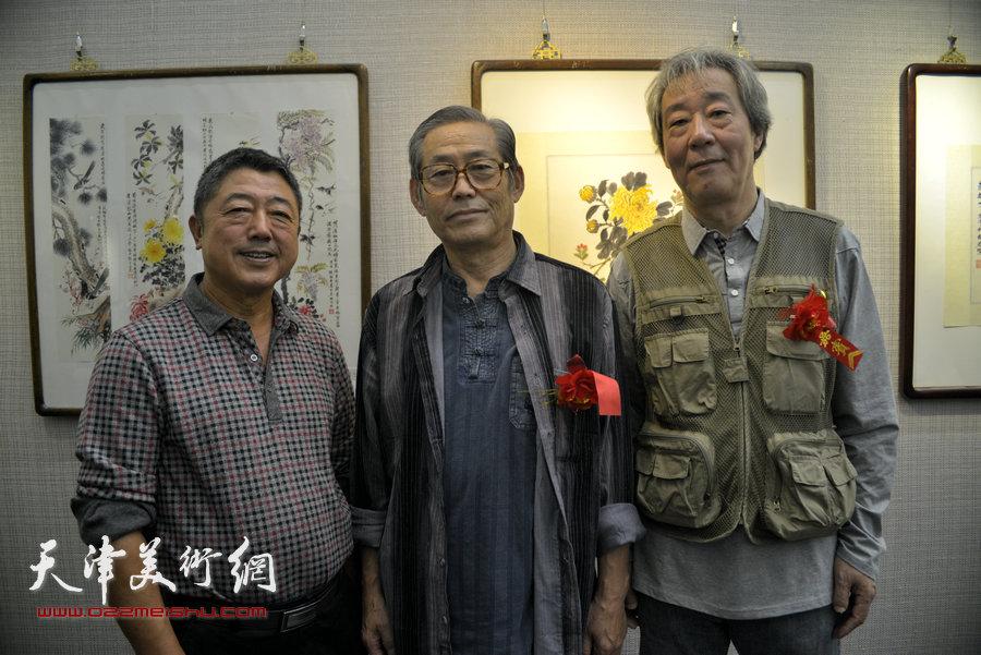 左起:刘建强、高振恒、张亚光