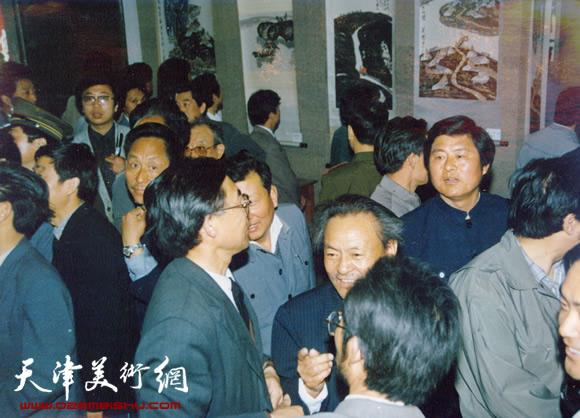 1990年5月《吴燃探亲画展》在安徽宿州市举行