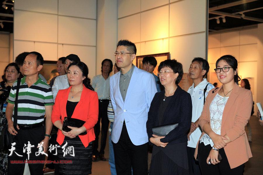 心灵的交换——程亚杰意象油画展在天津美术馆开展