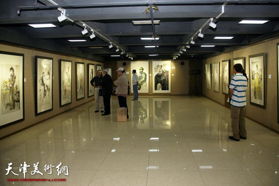 水墨缘·张培础、季平师生画展览现场。