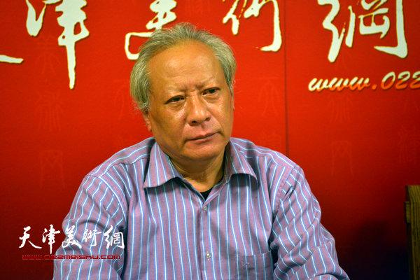 著名书法家郑尔非做客天津美术网