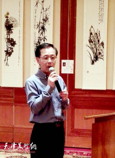 中国大使馆文化参赞肖江华致辞。