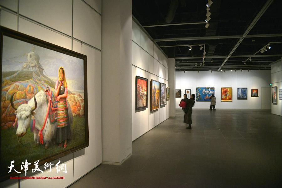 """""""中国精神""""第四届中国油画展展览现场。"""