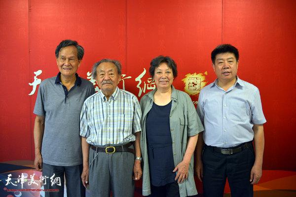 李存伟、张振群夫妇和吴燃在天津美术网