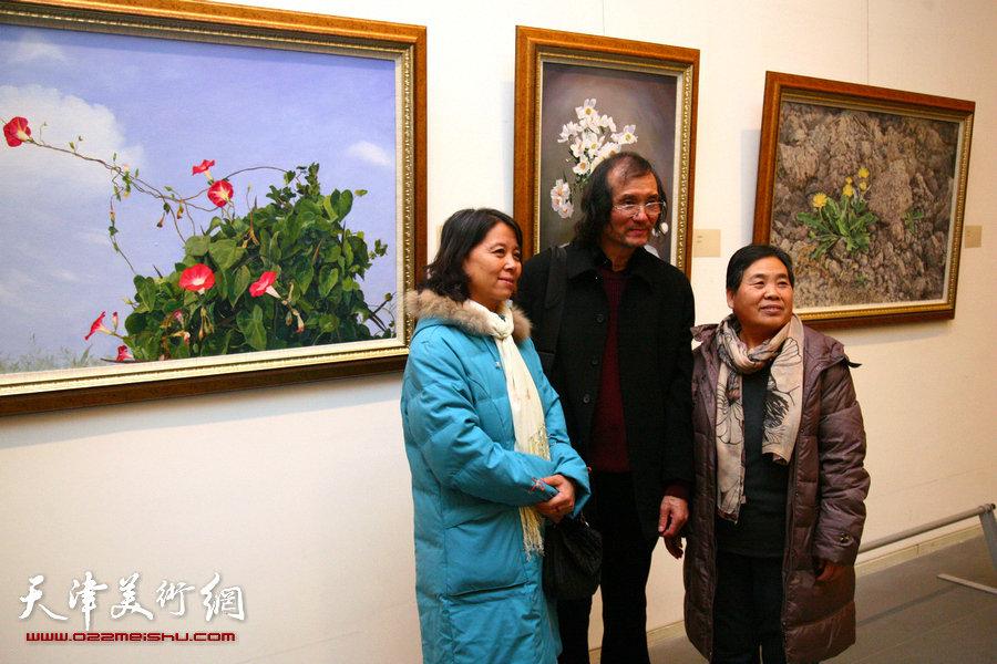 迎新年-津南区美术书法精品展在天津美术馆开幕,图为展览现场。