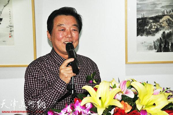 画展开幕仪式由天津文联杨建国主持。
