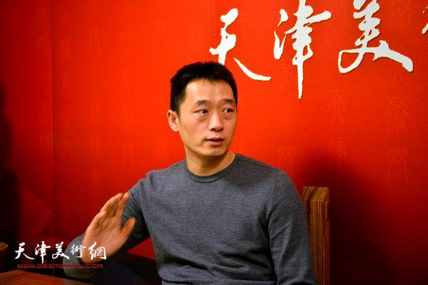 著名画家周午生做客天津美术网