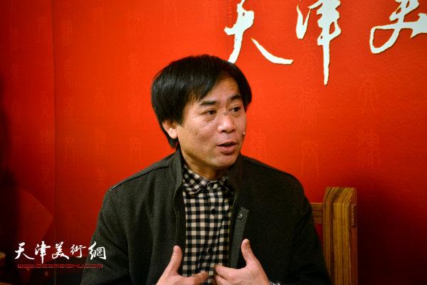 著名画家肖培金做客天津美术网