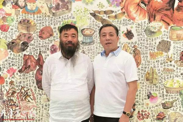 李津和龙美术馆负责人刘益谦
